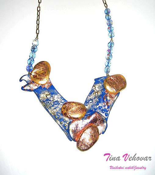 Tina Vehovar - modra abstraktna ogrlica