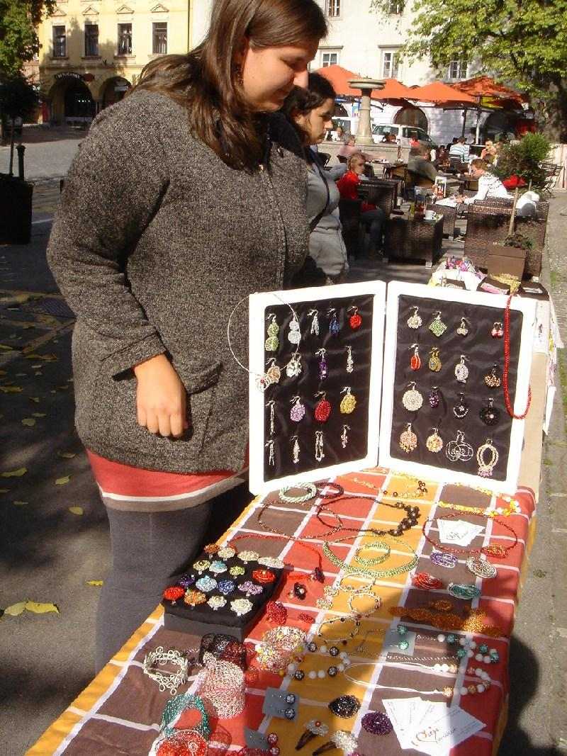 Art market Novo mesto - ustvarjalna tržnica